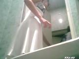 Hidden Camera – Girls In The Toilet Prom