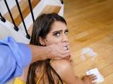 DadCrush – Stepdaughter Caught Twerking By Stepdad